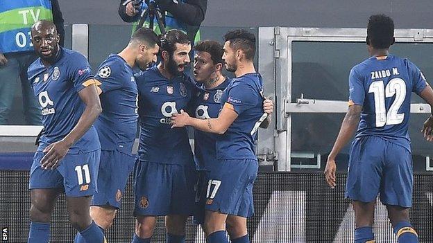 Porto a battu